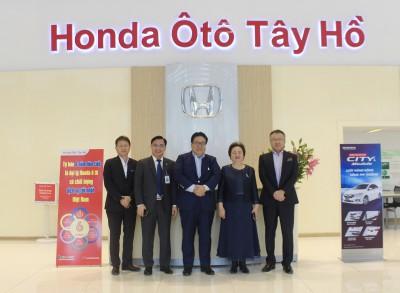 Phó chủ tịch tập đoàn Honda thăm và làm việc tại Honda Ôtô Tây Hồ