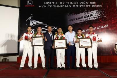 Honda Ô tô Tây Hồ đạt giải nhất tại Hội thi kỹ thuật viên giỏi Honda Việt Nam 2020